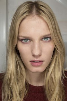 Winther hair shades: Natural looking blonde colour #hair #colour
