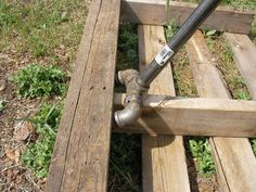 Homemade Pallet Buster with screw pipe