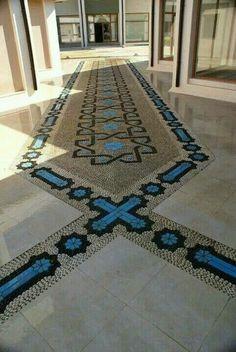 Pebble mozaik. & seramic. By Mehmet ışıklı Antalya Türkiye. 2006
