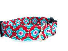 Hund: Halsbänder - Hundehalsband Ornamente rot türkis - ein Designerstück von pepanella bei DaWanda