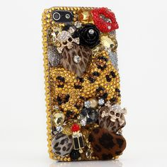 Golden Leopard Bow Design bling case for iPhone 6S/ 6S Plus. We can design this 3D luxurious bling case for Nokia Lumia, Black Berry, HTC, Motorola, LG and other Phones/devices. Get yours today!! http://luxaddiction.com/collections/3d-designs/products/golden-leopard-bow-design-style-421