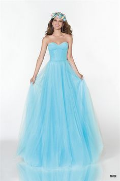 Ihomecoming is a great supplier of special event dresses. its cheap homcoming, evening and prom dresses online have attracted numerous clients worldwide. No one wants to miss its prom dresses sale and cheap accessories at the moment. Inexpensive Bridesmaid Dresses, Cute Bridesmaid Dresses, Cheap Homecoming Dresses, Prom Dresses 2017, Prom Dresses For Sale, Tulle Prom Dress, Pageant Dresses, Unique Dresses, Cheap Dresses