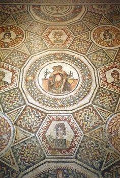 Roman mosaic at Vila del Casale, Piazza Armerina, Sicily
