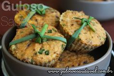 #BomDia! Estes Muffins de Salmão Sem Glúten que são simplesmente incríveis e, além do mais, super práticos e fáceis de fazer!    #Receita aqui: http://www.gulosoesaudavel.com.br/2016/03/22/muffins-salmao-sem-gluten/