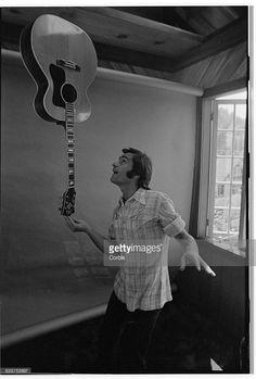 Jefferson Starship's Marty Balin Balancing Guitar Get premium, high resolution news photos at Getty Images Marty Balin, Jefferson Starship, Rock And Roll Fantasy, Jefferson Airplane, Grace Slick, Rock N Roll, Guitar, Hearts, Healing
