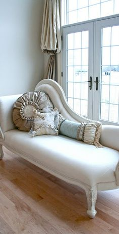 The Adventures of Elizabeth... lovely chaise..
