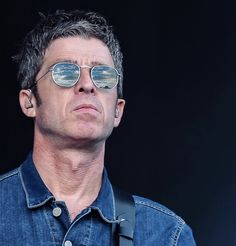 Noel Gallagher, Great British, Hair Dos, Oasis, Badass, Potato, Fangirl, Mirrored Sunglasses, Champagne