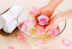 Розовая вода источник красоты и здоровья
