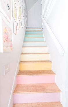 DIY Stairs Rainbow Gallery Wall DIY Stairs Rainbow Gallery Wall Danielle Malone daniellemalone Living Rooms DIY stairs rainbow gallery wall Want some simple tips on nbsp hellip gallery wall Deco Pastel, Pastel Colors, Colours, Soft Pastels, Modern Gallery Wall, Decoration Bedroom, Pastel Wallpaper, Pretty Pastel, Bedroom Decor