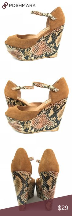 Steve Madden Platform Wedge Snakeskin Nude Suede Pretty color with pretty material: Nude Suede. Platform is Snakeskin Print. Steve Madden Shoes Wedges
