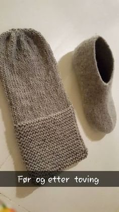 Connie`s lille verden: Strikking Felted Slippers Pattern, Mittens Pattern, Knitted Slippers, Knitted Hats, Yarn Projects, Knitting Projects, Knitting Patterns, Crochet Patterns, Knitting Socks