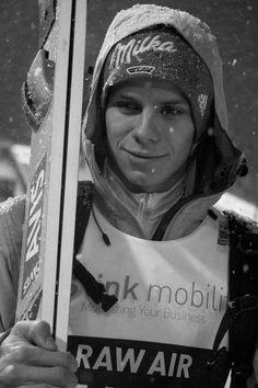 Najfajniejsze zdjęcia skoczków narciarskich. Fotografie, które niekon… #losowo # Losowo # amreading # books # wattpad Ski Jumping, Best Part Of Me, Skiing, Handsome, Jumpers, Celebrities, Languages, Boys, Sports