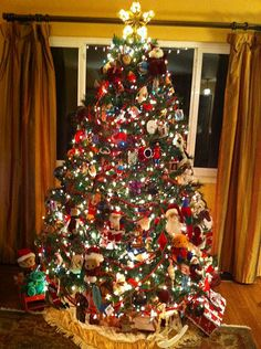 I love traditional Christmas trees!