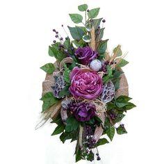 Kegyeleti sírdísz – lila Floral Wreath, Wreaths, Nails, Home Decor, Finger Nails, Decoration Home, Ongles, Room Decor, Nail