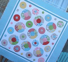 Really cute free quilt pattern using the Circle Ruler -  It's been done in brights too and looks amazing with white background.