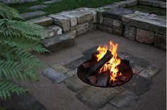 9 Marvelous Cool Tips: Fire Pit Lighting Fireplace Design fire pit backyard hot tub.Fire Pit Seating Wood rectangle fire pit with seating. Fire Pit Wall, Fire Pit Decor, Fire Pit Bbq, Fire Pit Backyard, Stone Backyard, Fire Pit Chairs, Fire Pit Seating, Seating Areas, Bar Outdoor