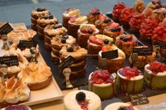 Cake heaven at L'Eto on the King's Road.