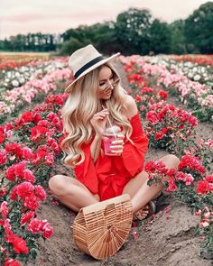 [New] The 10 Best Fashion Ideas Today (with Pictures) - surrounded by flowers and slaying by Eye Photography, Foodblogger, Tumblr Girls, Editing Pictures, Boho Gypsy, Girly Girl, Pretty In Pink, Persona, Fashion Outfits
