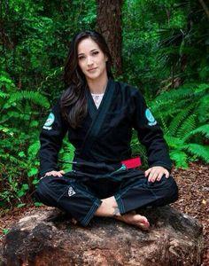 Jiu Jitsu Bruce Lee, Ben Bruce, Brandon Lee, Martial Arts Weapons, Martial Arts Women, Mma, Kempo Karate, Kyokushin Karate, Female Martial Artists
