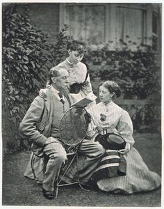 "o-delaisse: ""Charles Dickens reading to his daughters. Dickens is my favourite! I Love Books, Books To Read, My Books, Writers And Poets, Old Pictures, Old Photos, Book Authors, Book Lovers, Famous People"