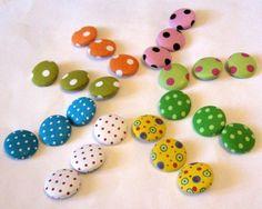 *♥ Dots♥ 3 Stoffknöpfe verschieden Farben! 2,8 cm  Auswahl*    Als Knopf, als Deko für Kleidung, Taschen... dir/Ihnen wird sicherlich etwas Hübsches e
