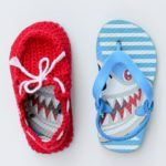 """Crochet toddler """"boat shoe"""" slippers with flip flop soles – free pattern!"""