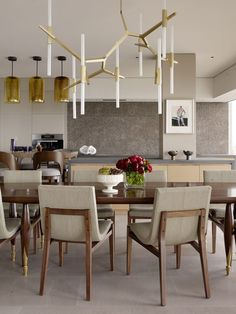 Sky high glamour showcased in Russian Hill Home by Jeffers Design Group
