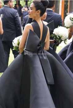 2017 unique design tea length bridesmaid dresses halter backless big bow short black maid of honor wedding guest party gowns cheap African Bridesmaid Dresses, Cheap Bridesmaid Dresses Online, Tea Length Bridesmaid Dresses, Black Bridesmaids, Designer Bridesmaid Dresses, Wedding Bridesmaids, Wedding Guest Gowns, Wedding Dresses, Cheap Gowns