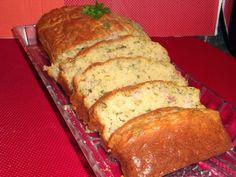 Cinco sentidos na cozinha: Bolo de queijo, bacon e ervas aromáticas