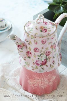 Do we ever get over our tea ware? Growing up, my mom collected tea sets, all displayed in her china hutch. But in spite of all the t. Looks Vintage, Vintage Tea, Vintage Dishes, Teapots And Cups, Teacups, Cuppa Tea, Tea Cozy, Rose Tea, My Cup Of Tea