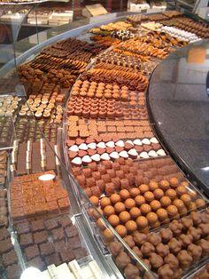 Switzerland Chocolate   Musings by Wurtz: Bern: Swiss Capital