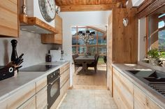 Luxuriöse Landhausküche im Le Chalet Kitzbühel