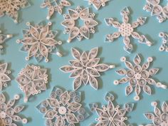 Quilled Snowflake Ornaments (sans hanging ribbon) - Imgur