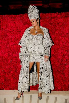 Gala Dresses, Nice Dresses, Beyonce, Rihanna, Met Gala Outfits, Valentino Gowns, Solange Knowles, Costume Institute, Red Carpet Looks