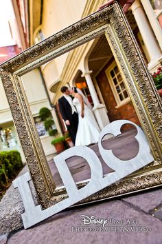 We spy a hidden Mickey! #Disney #wedding #photography #IDo