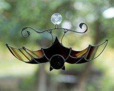 Vampire bat stained glass suncatcher Horror decor Custom stained glass window hangings gift for Halloween Stained Glass Suncatchers, Stained Glass Crafts, Stained Glass Lamps, Stained Glass Windows, Mosaic Glass, Window Glass, Fused Glass, Glass Vase, Glass Partition