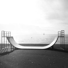 In front of the sea Bmx Ramps, Skateboard Ramps, Skate Ramp, Skate Surf, Great Pictures, Outdoor Furniture, Outdoor Decor, Snowboard, Surfing