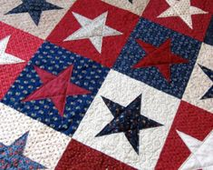 Patriotic Quilt July 4  Red, White and Blue   Americana Lap Quilt