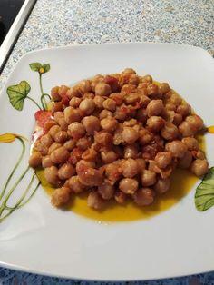 Ωραία ιδέα για ρεβίθια στο πήλινο, σκέτο λουκούμι Chana Masala, Dog Food Recipes, Ethnic Recipes, Dog Recipes