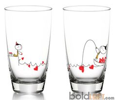 Tell your sweetheart My Heart is Yours to Catch with our set of two dazzling drinking glasses that illustrate the ultimate generosity of giving your heart to that special someone. Sitting together, si