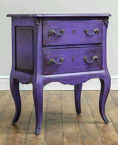 COLORWAYS Inspiration Idea for using Annie Sloan Chalk Paint Custom Color : Purple. Ultra Violet purple is 2018 Color of the Year Purple Furniture, Paint Furniture, Furniture Projects, Furniture Makeover, Refinished Furniture, Retro Furniture, Furniture Storage, Furniture Layout, Furniture Online