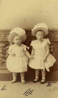 Princess Tatiana Constantinovna and Prince Constantine Constantinovich Prince Igor, Princesa Elizabeth, Constantino, Young Prince, Tsar Nicholas, Grand Duke, Imperial Russia, Rare Pictures, Black And White Portraits