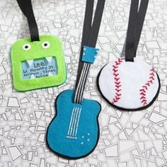 Day Craft Ideas For Kids Father's Day Craft Idea For Kids Luggage TagsFather's Day Craft Idea For Kids Luggage Tags Cute Luggage Tags, Kids Luggage, Luggage Backpack, Tag Luggage, Luggage Labels, Cute Crafts, Felt Crafts, Craft Gifts, Diy Gifts