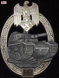 Panzerkampfabzeichen 25 (Panzer Assault Badge). < 3´| https://www.pinterest.com/pin/337699672038986532/