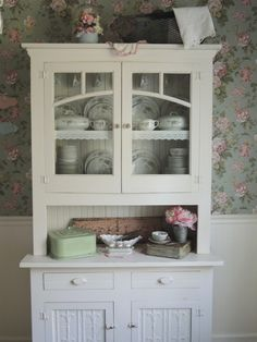Gorgeous Hutch and Floral Wallpaper