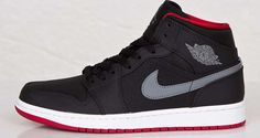 Classic colors cover the latest air jordan 1 mid sole collec