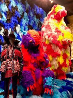 RetailStoreWindows: Moncler, Paris Visual Merchandising, 10 Corso Como, C Wonder, Fortnum And Mason, Damien Hirst, Exhibition, Halloween 2, Ben Sherman, Moncler