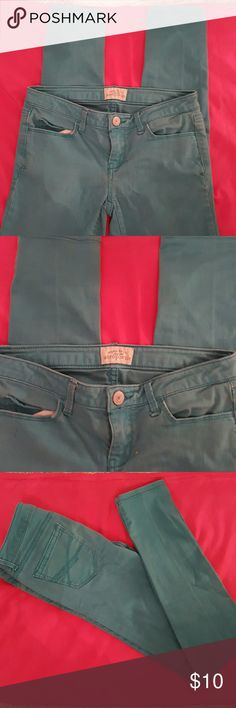 AEROPOSTALE Skinny Jeans Aeropostale Ultra Skinny. Turquoise or blue/green aqua color. No rips, stains, or tears. Excellent used condition from smoke-free home. Aeropostale Jeans Skinny