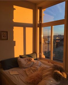 Perfect Idea Room Decoration Get it Know - Room Decoration Color Photos help me forget that this world is so cold Dream Rooms, Dream Bedroom, Future House, My House, Room Goals, Dream Apartment, Apartment Ideas, Apartment Bedrooms, Aesthetic Room Decor