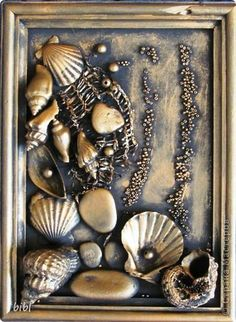 Crinkled paper & markers - This seems pretty simple! sub plan - fractured art How to Frame Material for Art S Media Cache Pinimg Com originals Pretty, but I'd fill in the entire frame with shells. Still Life Oil Painting Wall Artalloy Beautiful piece of Seashell Art, Seashell Crafts, Beach Crafts, Mixed Media Canvas, Mixed Media Art, Mix Media, Sea Art, Mermaid Art, Pebble Art